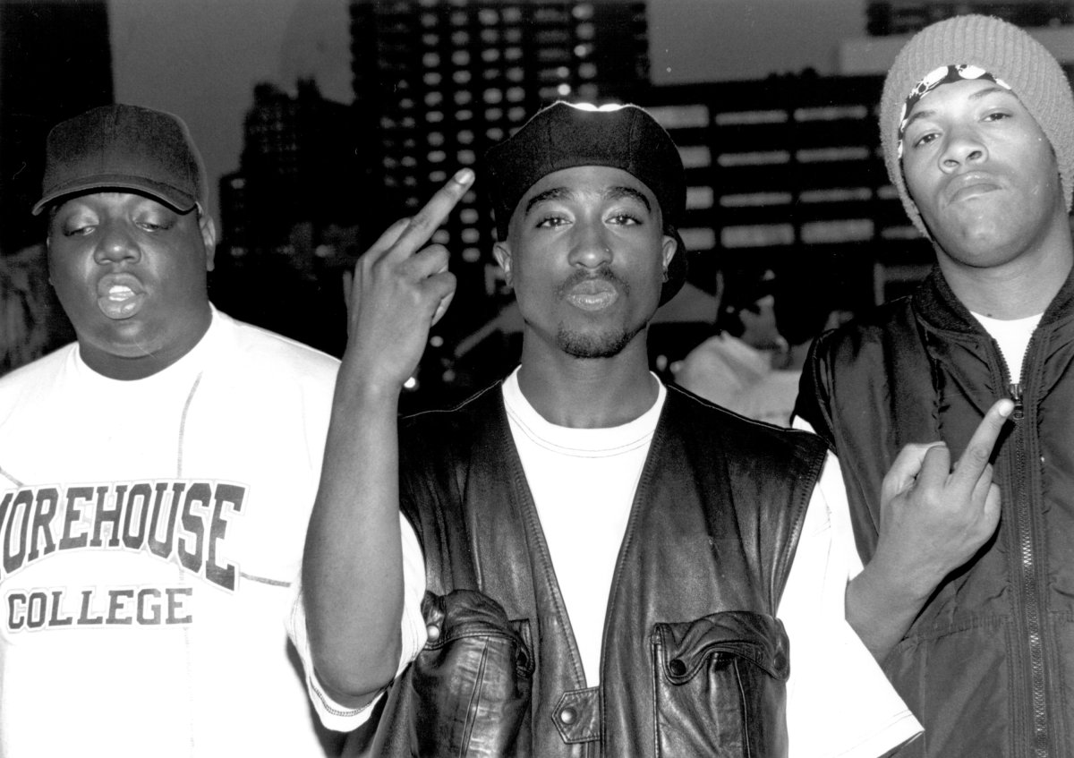 a biography of tupac
